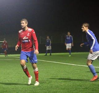 Trygve Hustvedt Lærdal, her som Ølen-spelar i 2019 , skåra to gonger og var med og sikra tre poeng til Vindafjord i 7. divisjon. Arkivfoto: Magne Skålnes