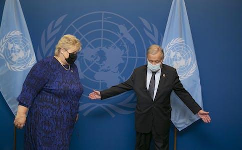 Statsministeren Erna Solberg under eit møte med FNs generalsekretær António Guterres. Foto: Pontus Höök / NTB